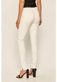 Białe jeansy TOMMY HILFIGER w kolorowe wzory #4