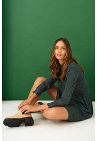 Greenpoint - Luźna, wiskozowa sukienka. Materiał: wiskoza