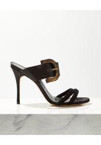 MANOLO BLAHNIK - Czarne sandały z klamrą Guey. Zapięcie: klamry. Kolor: czarny. Wzór: aplikacja, paski
