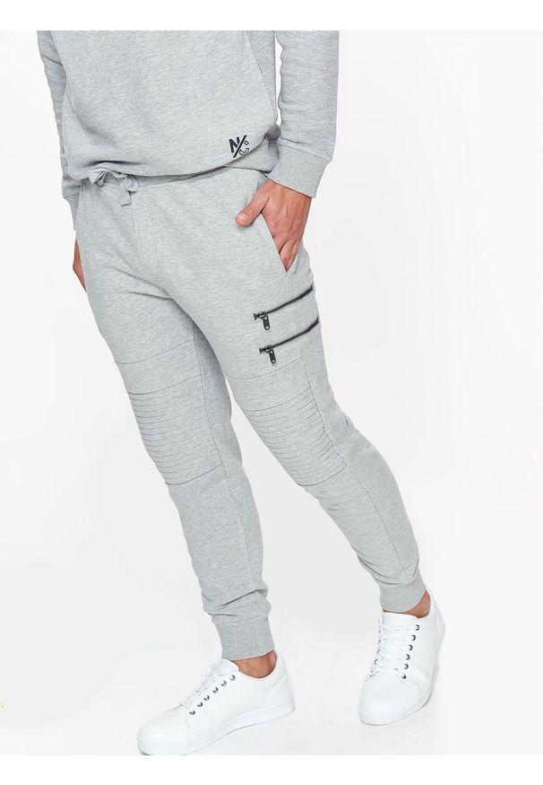 Szare spodnie TOP SECRET na co dzień, na zimę
