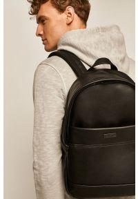 Czarny plecak medicine casualowy