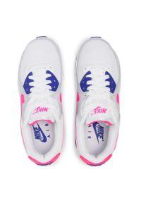 Białe półbuty Nike z cholewką, na płaskiej podeszwie