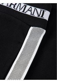 Emporio Armani Szorty materiałowe 3H4SJ1 1J07Z 0999 Czarny Regular Fit. Kolor: czarny. Materiał: materiał