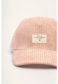 Różowa czapka z daszkiem Roxy z aplikacjami