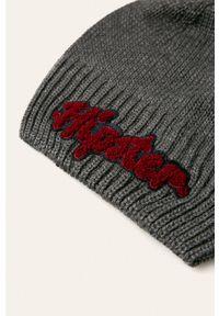 Szara czapka Giamo