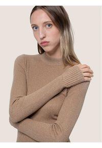Złoty sweter klasyczny Hugo