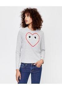 COMME DES GARCONS PLAY - Szara bluzka z dużym sercem. Kolor: szary. Materiał: bawełna, jeans. Długość rękawa: długi rękaw. Długość: długie