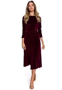 MOE - Welurowa sukienka midi z dołem w kształcie litery A. Materiał: welur. Typ sukienki: w kształcie A. Styl: klasyczny. Długość: midi