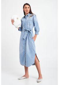 Sukienka TwinSet z haftami, koszulowa