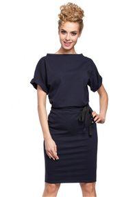 Sukienka MOE z krótkim rękawem, midi, sportowa