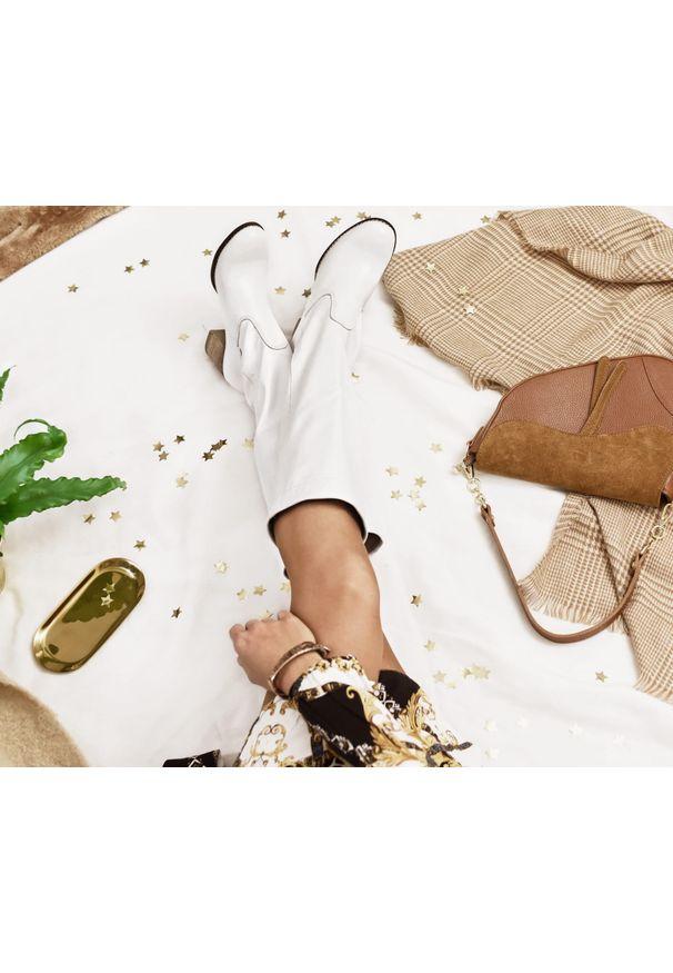 Biały kozaki Zapato bez zapięcia, biznesowy, na co dzień