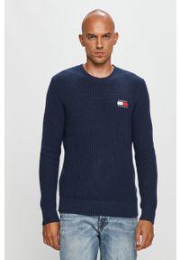 Niebieski sweter Tommy Jeans casualowy, z okrągłym kołnierzem, z aplikacjami