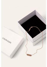Złoty naszyjnik Calvin Klein ze stali, z aplikacjami