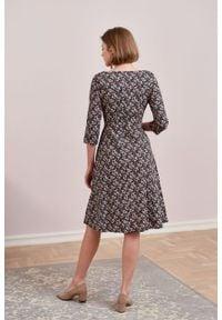 Marie Zélie - Sukienka Asteria Riccia. Materiał: materiał, skóra, bawełna. Wzór: gładki. Typ sukienki: trapezowe. Styl: klasyczny
