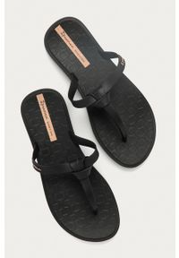 Ipanema - Japonki. Kolor: czarny. Materiał: materiał, guma. Wzór: gładki