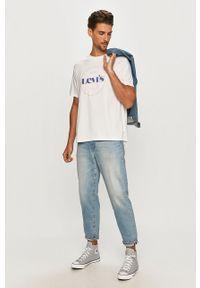 Biały t-shirt Levi's® biznesowy, z nadrukiem, na co dzień