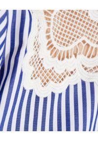 SELF PORTRAIT - Bawełniana sukienka mini w paski. Kolor: niebieski. Materiał: bawełna. Wzór: paski. Typ sukienki: rozkloszowane, dopasowane. Długość: mini