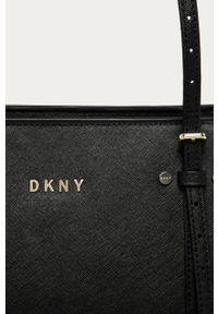Czarna shopperka DKNY na ramię
