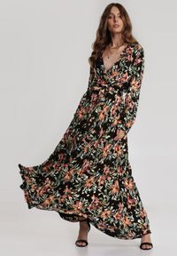 Renee - Czarna Sukienka Daphinope. Okazja: na co dzień. Kolor: czarny. Materiał: materiał. Typ sukienki: kopertowe. Styl: casual. Długość: maxi
