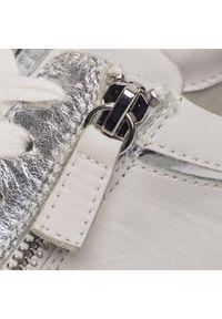 Białe buty sportowe Caprice z cholewką, na co dzień
