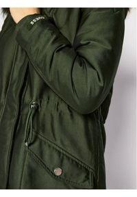 Guess Parka Trudy W0BL63 W94M0 Zielony Regular Fit. Kolor: zielony