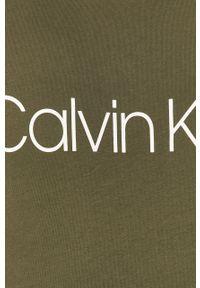 Oliwkowy t-shirt Calvin Klein casualowy, na co dzień