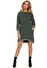 Zielona sukienka dzianinowa MOE z asymetrycznym kołnierzem, asymetryczna