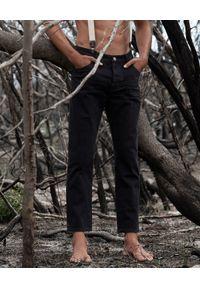 ONETEASPOON - Czarne jeansy Mr Classics. Kolor: czarny. Długość: długie. Wzór: aplikacja. Styl: klasyczny, sportowy, rockowy
