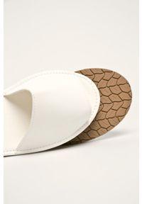 Białe sandały Truffle Collection