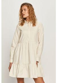 Biała sukienka Vero Moda casualowa, z długim rękawem, rozkloszowana, na co dzień