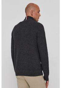 TOMMY HILFIGER - Tommy Hilfiger - Sweter. Okazja: na co dzień. Kolor: szary. Materiał: dzianina, bawełna. Długość rękawa: długi rękaw. Długość: krótkie. Styl: casual
