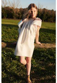 Biała sukienka Mango Kids z krótkim rękawem, gładkie