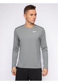 Szara koszulka sportowa Nike