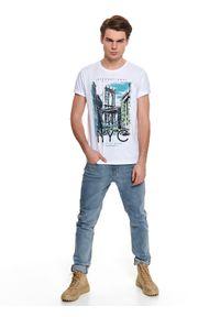 Biały t-shirt TOP SECRET z krótkim rękawem, z klasycznym kołnierzykiem, na co dzień