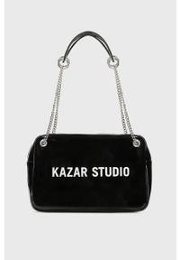 Czarna kopertówka Kazar Studio z nadrukiem, na ramię, mała