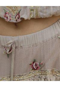 GADO GADO - Pudroworóżowa spódnica maxi. Kolor: różowy, fioletowy, wielokolorowy. Materiał: koronka, bawełna. Wzór: haft, aplikacja. Styl: boho