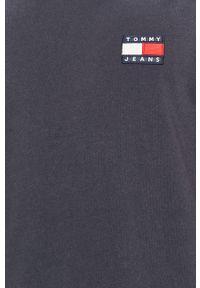 Niebieski t-shirt Tommy Jeans casualowy, na co dzień