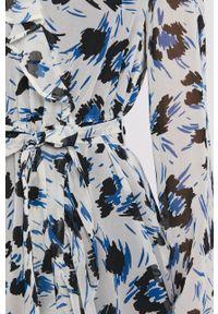 Pennyblack - Sukienka. Kolor: beżowy. Materiał: tkanina. Długość rękawa: długi rękaw. Typ sukienki: rozkloszowane