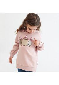 Różowa bluza Reserved z nadrukiem