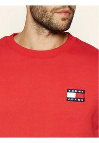 Tommy Jeans Bluza Tjm Tommy Badge Crew DM0DM06592 Czerwony Regular Fit. Kolor: czerwony