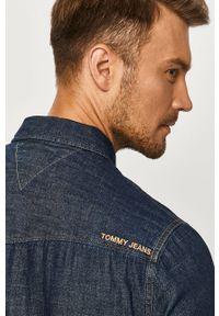 Niebieska koszula Tommy Jeans z klasycznym kołnierzykiem, casualowa