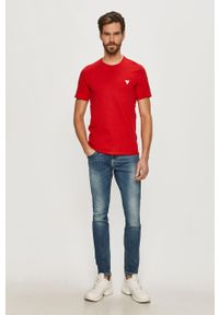 Czerwony t-shirt Guess z aplikacjami