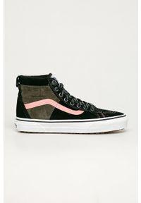 Vans - Trampki. Nosek buta: okrągły. Zapięcie: sznurówki. Kolor: czarny. Materiał: guma, polar. Szerokość cholewki: normalna