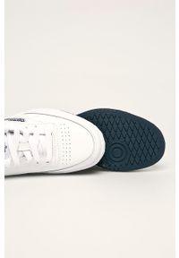 Białe buty sportowe z cholewką, Reebok Classic, z okrągłym noskiem, na sznurówki