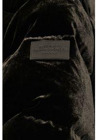 Czarna kurtka Miss Sixty z kapturem, na co dzień