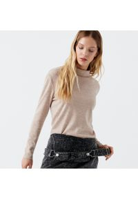 Beżowy sweter Cropp z golfem, melanż