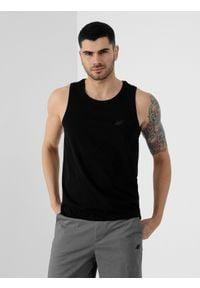 4f - Koszulka bez rękawów męska. Kolor: czarny. Materiał: dzianina, bawełna. Długość rękawa: bez rękawów