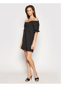 Czarna sukienka NA-KD prosta, na co dzień, casualowa