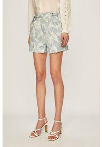 Levi's Made & Crafted - Szorty jeansowe 8. Kolor: niebieski. Materiał: jeans