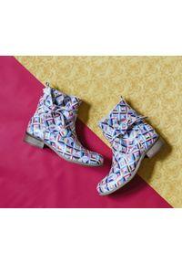 Botki Zapato w kolorowe wzory, bez zapięcia